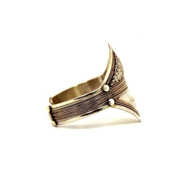 Bracelet large en argent ciselé
