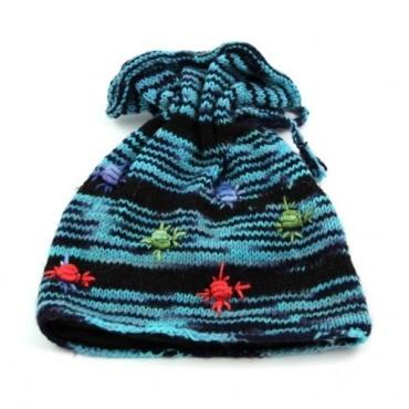 Bonnet bleu à fleurs