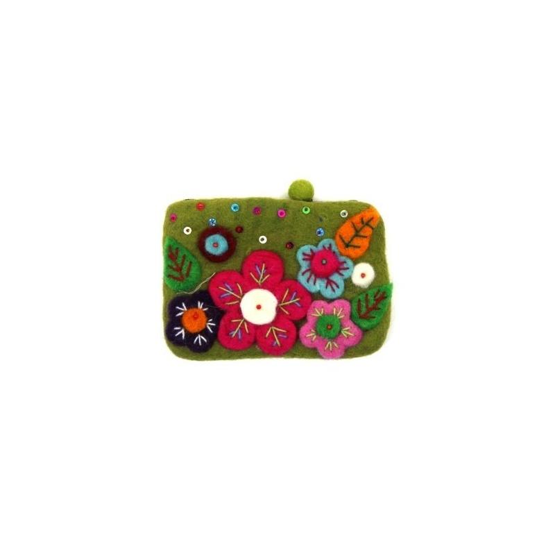 Pochette verte fleurs et paillettes