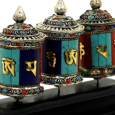 Trois Moulins tibétains à prières