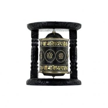 Moulin de prières Tibétain et porte-bonheur