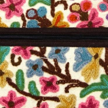 Petit sac multipoche en coton brodé idéal pour promenade