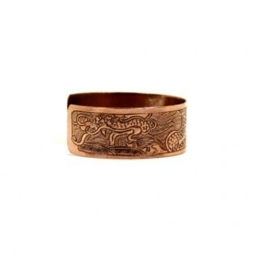 Bracelet en cuivre gravé d'un dragon