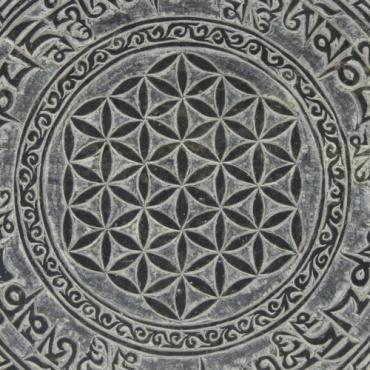 Fleur de Vie et Mantra en pierre de l'Himalaya