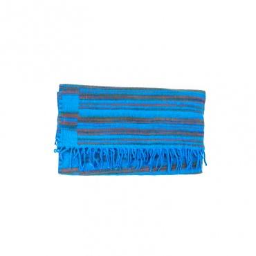 couverture châle vegan bleu turquoise