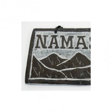 pierre gravée himlaya Namaste bénédction