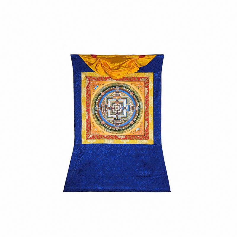 peinture bouddhiste entouré de tissu