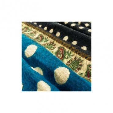 couverture châle écharpe bleu vert à pois  et motifs fins féminins
