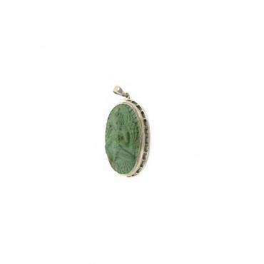 pendentif de tara verte en turquoise divinité bouddhiste