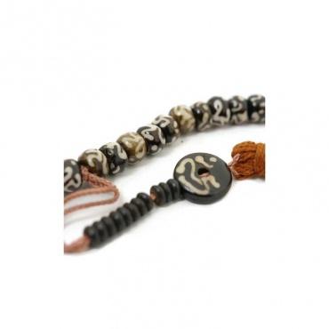 mala rosaire chapelet bouddhiste 108 perles OM