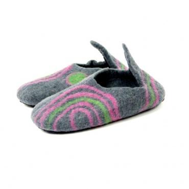 pantoufle mule chausson en laine feutrée gris rose vert