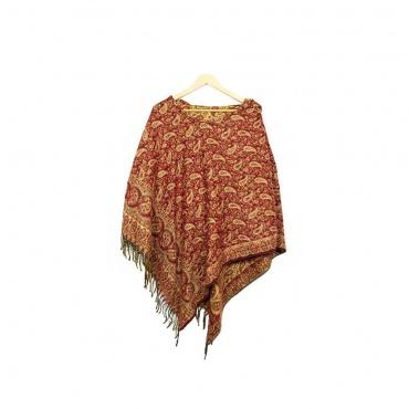 poncho rouge et motif en laine synthétique avec capuche