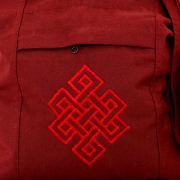 sac de moine rouge bouddhiste tibétain nœud glorieux