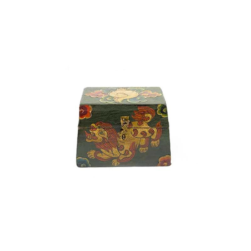 coffret tibétain en bois lion des neiges conque et joyaux