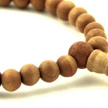 bracelet mala en bois de santal perle 8mm