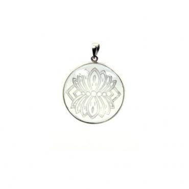 pendentif fleur de lotus épanoui cristal roche himalaya