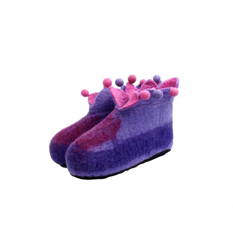 Chaussons violet mauve et rose taille 42