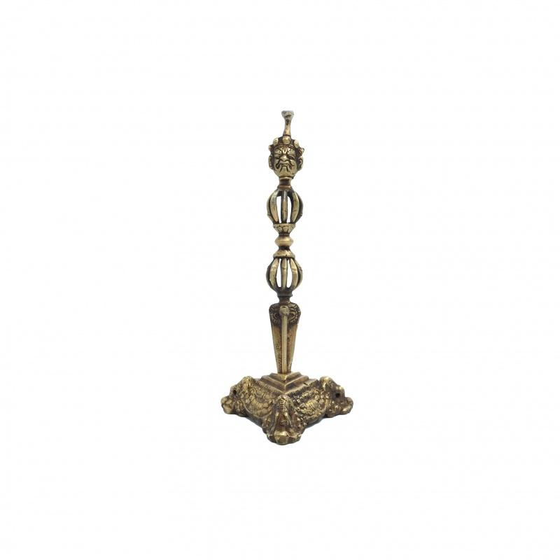 Phurba poignard dague magique bouddhiste et son socle