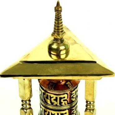 Moulin à prière et stupa
