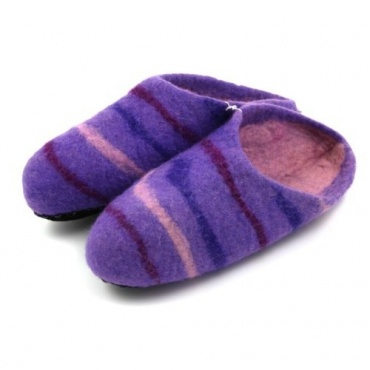 Chaussons violet rayé 40