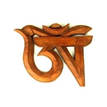 Om tibétain en bois naturel