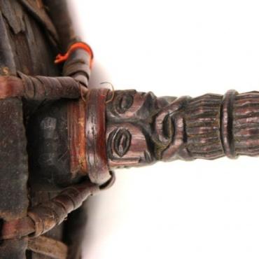 Tambour tibétain à manche