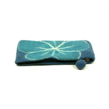 Pochette en laine bleu