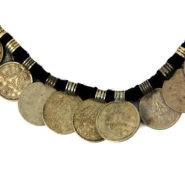 Collier en pièce de monnaie Népal