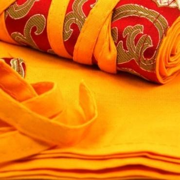 Tissu pour textes bouddhistes